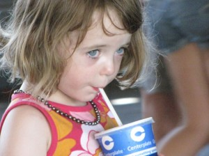 Blue Jays and Mariners July 2009 811Little girl with pop